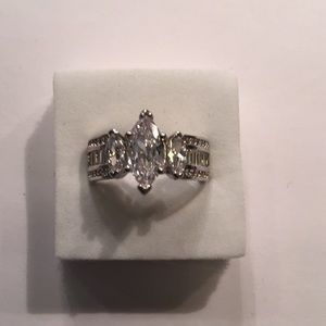 Stamped S925(sterling silver) 2CT CUBIC ZIRCONIA